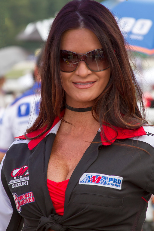 M4 Broaster Chicken Umbrella Girl Mid Ohio