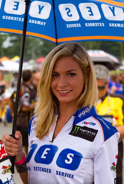 YES Graves Yamaha Sexy Blonde Umbrella Girl Buckeye SuperBike Weekend