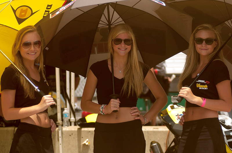 Vesrah Racing Umbrella Girls