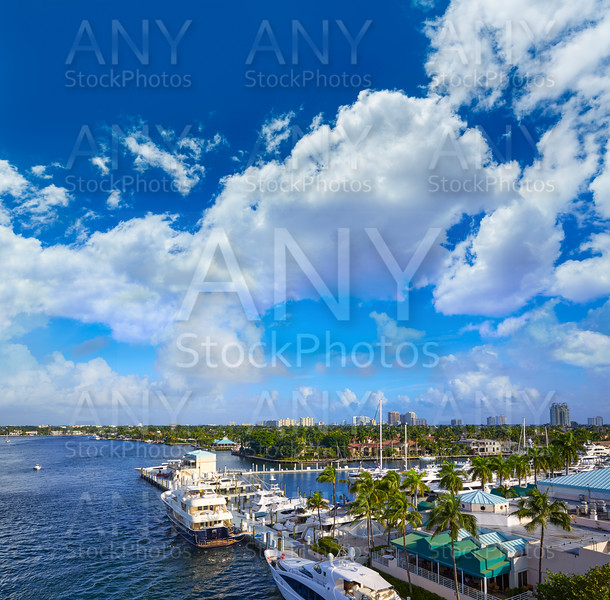 Fort Lauderdale Stranahan river at A1A Florida