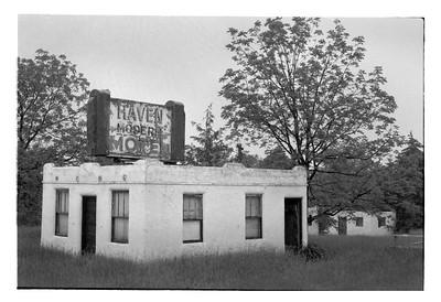 Haven Modern Motel NO. 1