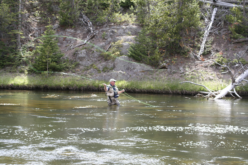 FLYFISHING IN THE FIREHOLE RIVER