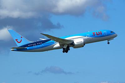TUI Boeing 787-8 Dreamliner PH-TFL 9-27-15
