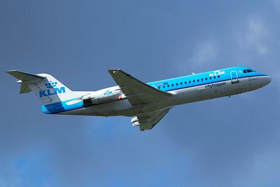 KLM Cityhopper Fokker 70 PH-KZF 9-27-15