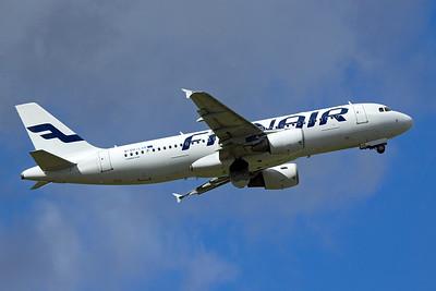 Finnair Airbus A320-214 OH-LXK 9-27-15