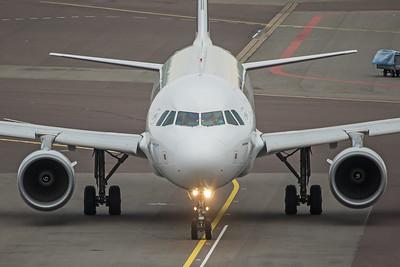 Air France Airbus A320-214 F-HBNB 10-25-17 2