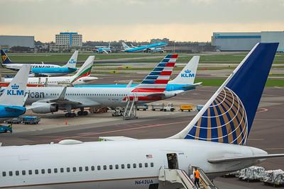 American Airlines Boeing 757-223 N173AN 10-25-17