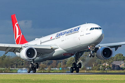 Turkish Airlines Airbus A330-303 TC-JOA 9-3-19