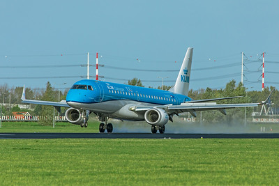 KLM Cityhopper Embraer ERJ-190-100 PH-EZV 11-2-19