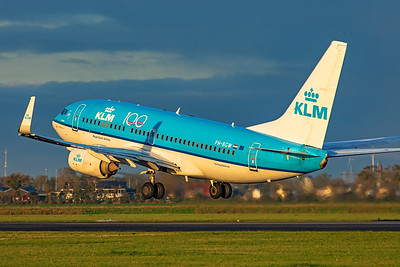 KLM Royal Dutch Airlines Boeing 737-7K2 PH-BGW 10-22-19
