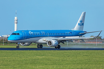 KLM Cityhopper Embraer ERJ-190-100 PH-EZW 11-2-19