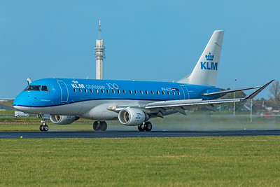 KLM Cityhopper Embraer ERJ-170-200 PH-EXZ 11-2-19