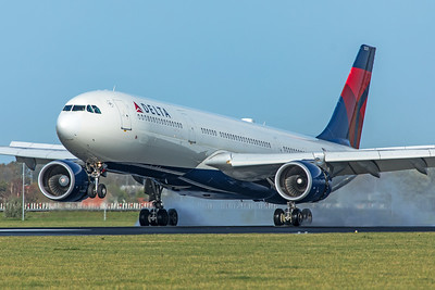 Delta Air Lines Airbus A330-302 N829NW 11-2-19