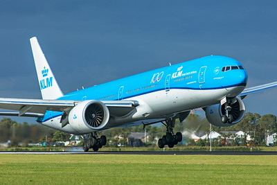 KLM Royal Dutch Airlines Boeing 777-306(ER) PH-BVS 9-3-19
