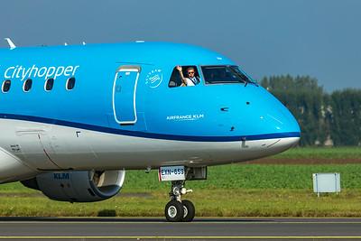 KLM Cityhopper Embraer ERJ-170-200STD PH-EXN 10-9-21