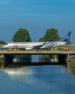KLM Cityhopper Embraer ERJ-190-100STD PH-EZX 10-9-21
