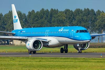 KLM Cityhopper Embraer ERJ 190-400STD PH-NXA 10-9-21
