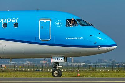 KLM Cityhopper Embraer ERJ-170-200STD PH-EXX 10-9-21