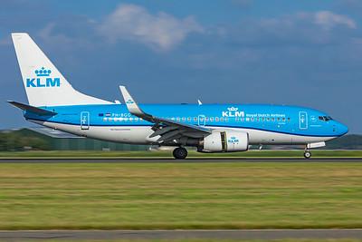 KLM Royal Dutch Airlines Boeing 737-7K2 PH-BGG 7-2-21