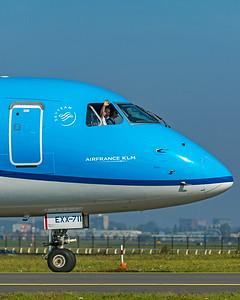 KLM Cityhopper Embraer ERJ-170-200STD PH-EXX 10-9-21 2