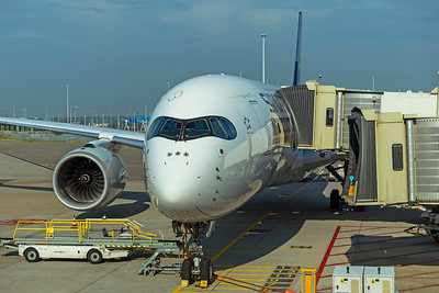 Singapore Airlines Airbus A350-900 9V-SMS 7-3-21