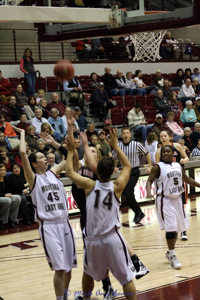 2010-01-04 Lady Griz 63 vs. Idaho State 55 (home)