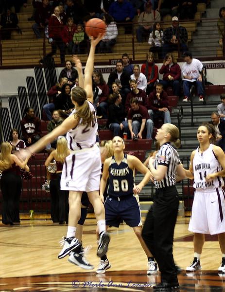 2010-01-29 Lady Griz 65 vs. N Colorado 54