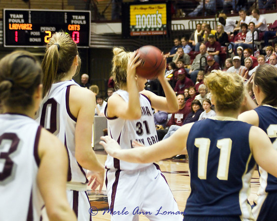 2011-01-22 Lady Griz 69 vs Lady Cats 72