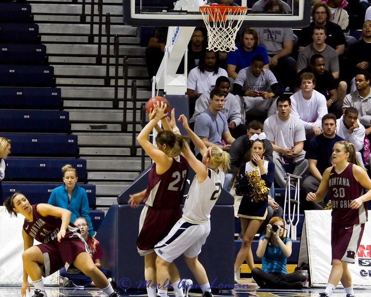 Katie Baker with a hard-fought rebound.