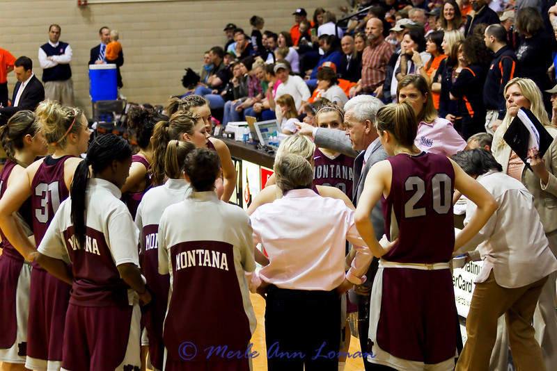 Last time out. Coach Robin Selvig giving instructions for final minutes of defense.