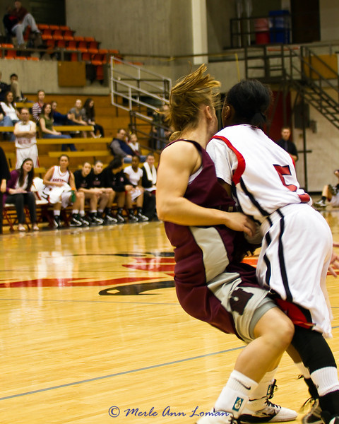 Lexie playing tough in-your-face/body defense