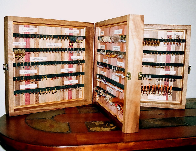 Here is a view of all the sections to show you how many flies there are in this box.