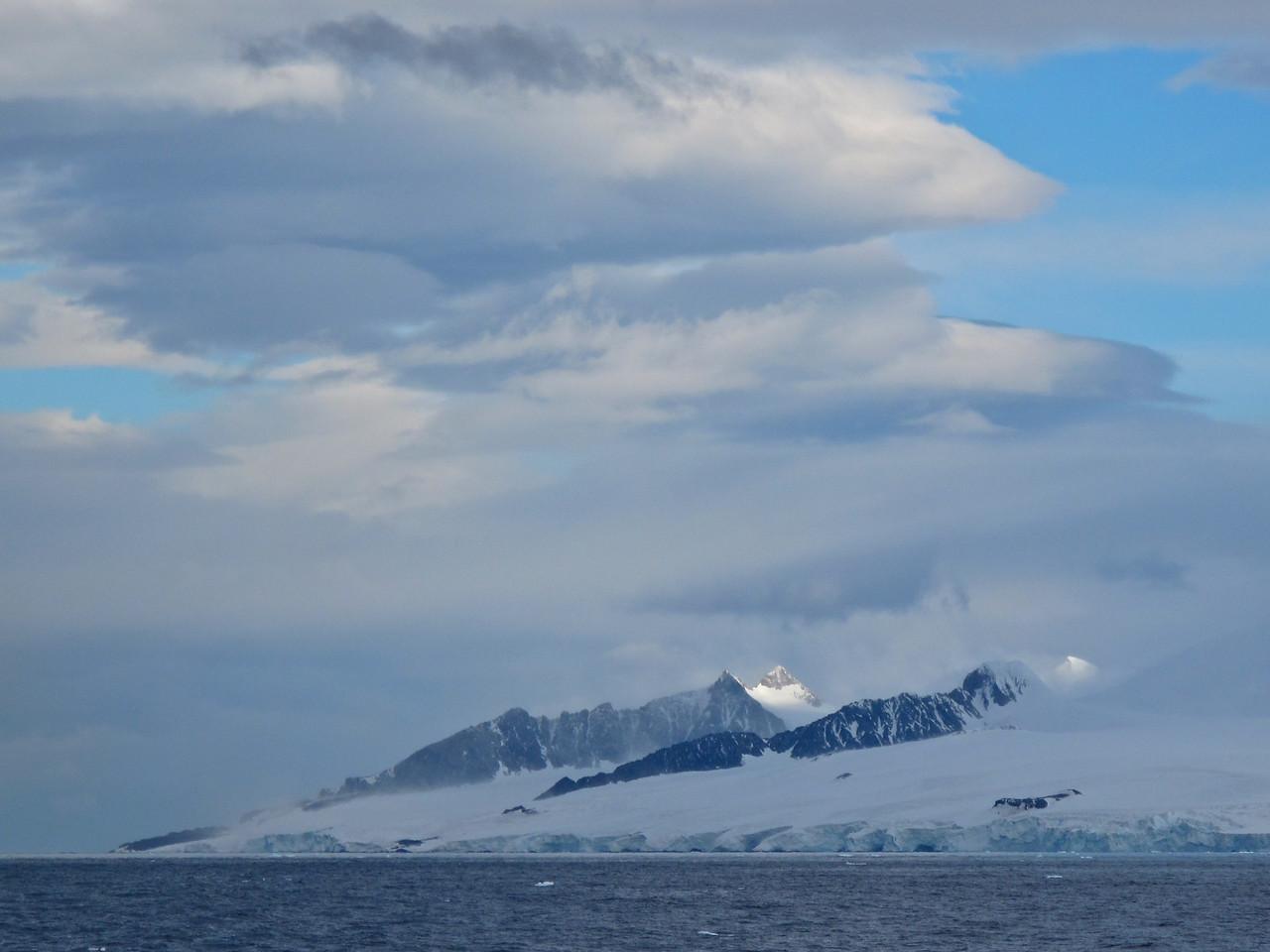 A nice view of the Antarctic peninsula.