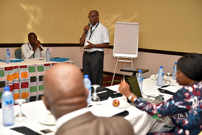 Dr Dara Akala of PIND Foundation moderating the session