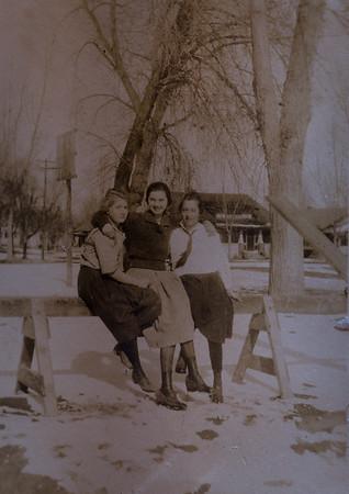 Marie Wirtz, Helene Kindsvater, Alvinia Hoffman, 8th grade