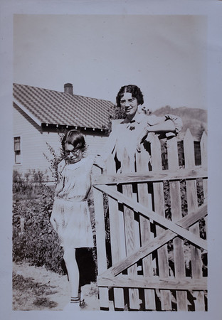 Helene Kindsvater and her daughter Evangeline Kindsvater