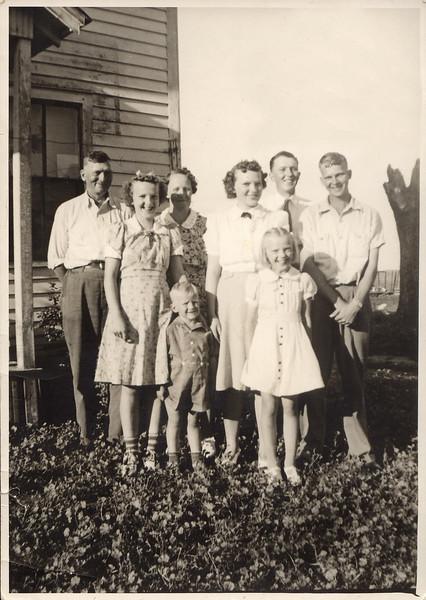 John and Nellie Akemann family (6 children)