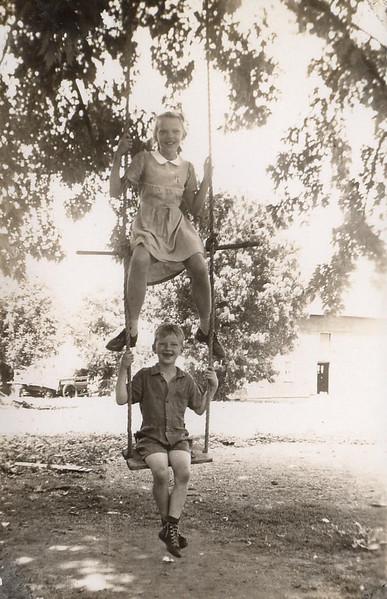 Helen & Merlyn Akemann