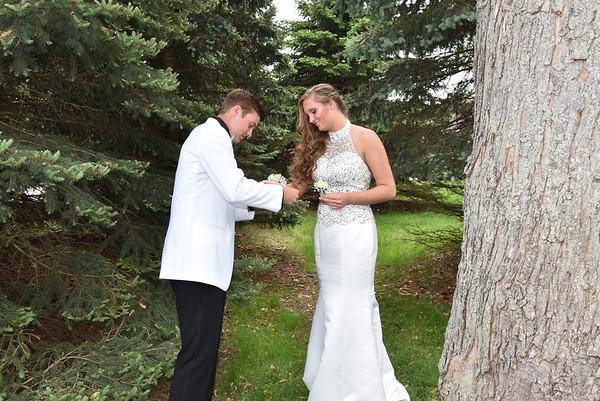 2018 - Alyssa & Logan  Senior Prom