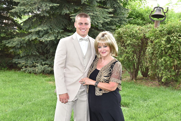 2018 Anchor Bay Prom - Family Photos
