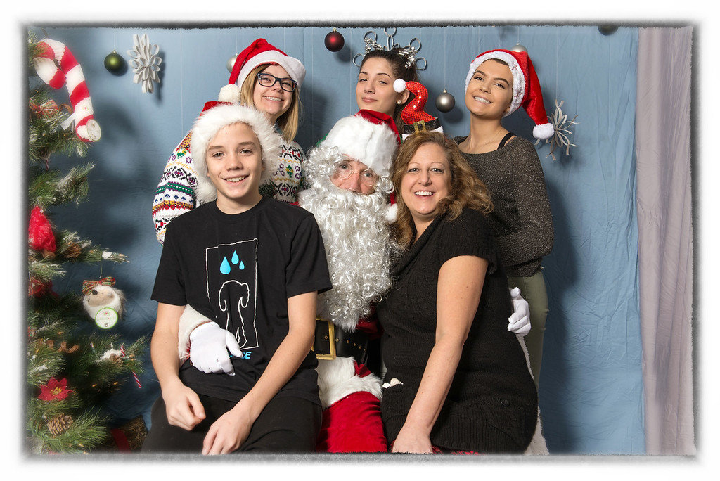 Pet Place Market team-Santa Paws 2017 framed