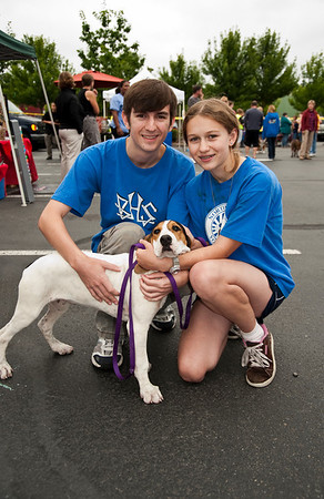 hound pup with his new boy & girl-Woodinville, WA 8-1-2010