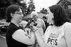 Mel meets a newly matched pair-bw-Woodinville Wags & Whiskers 8-1-2010