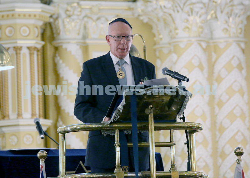 Anzac Centenary Commemorative Service of the NSW Jewish Community. NSW Governor David Hurley addresses the audience.