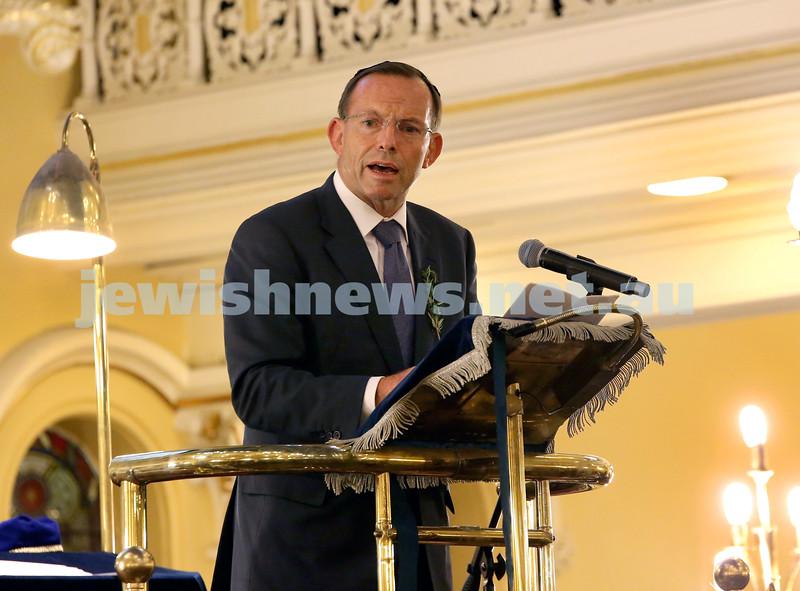Anzac Centenary Commemorative Service of the NSW Jewish Community. Prime Minister Tony Abbott addresses the audience.