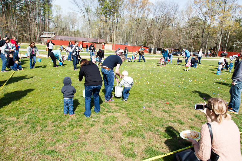 Easter Egg Hunt-090