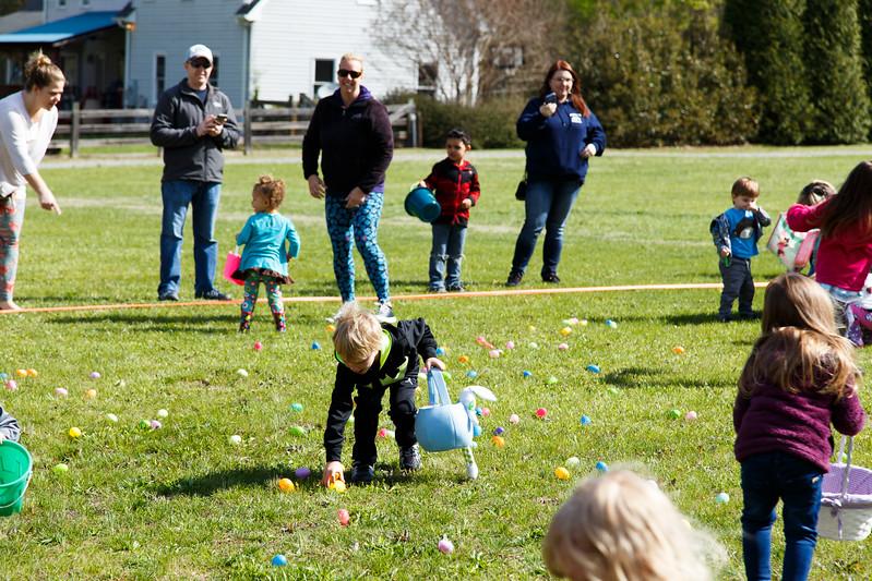 Easter Egg Hunt-081