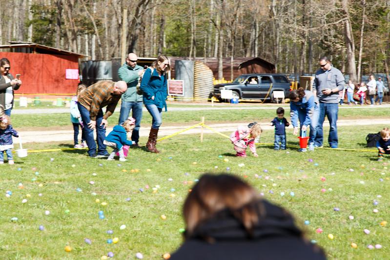 Easter Egg Hunt-072