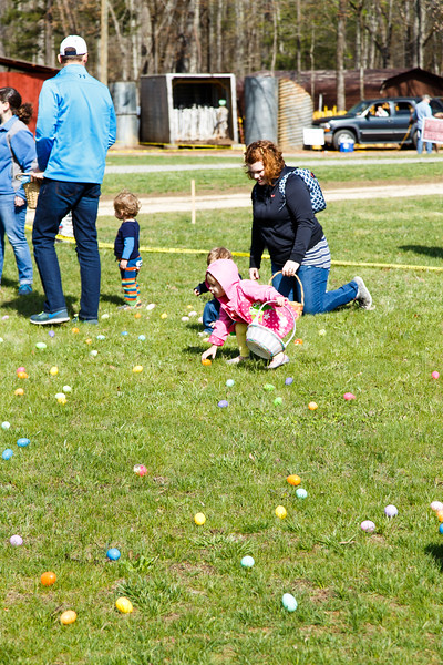 Easter Egg Hunt-099