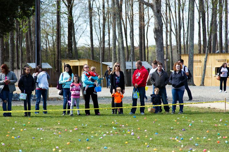 Easter Egg Hunt-024